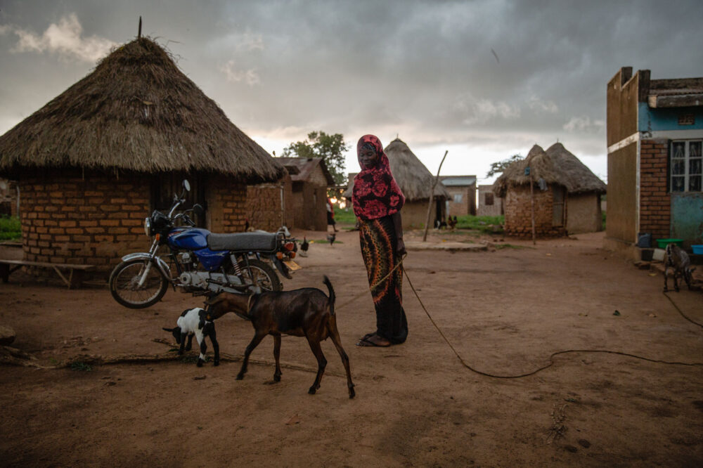 Assinah's Story, Uganda